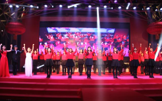 2015年度托马斯教育颁奖盛典-大兴校区 诗朗诵《感恩托马斯》