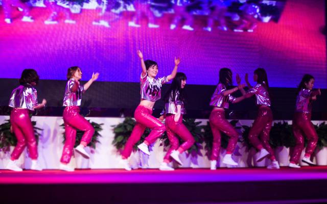 2015年度托马斯教育颁奖盛典-大兴校区英语部 舞蹈《Girl friend》