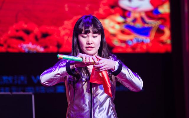 2015年度托马斯教育颁奖盛典-海淀校区幼小部 魔术表演