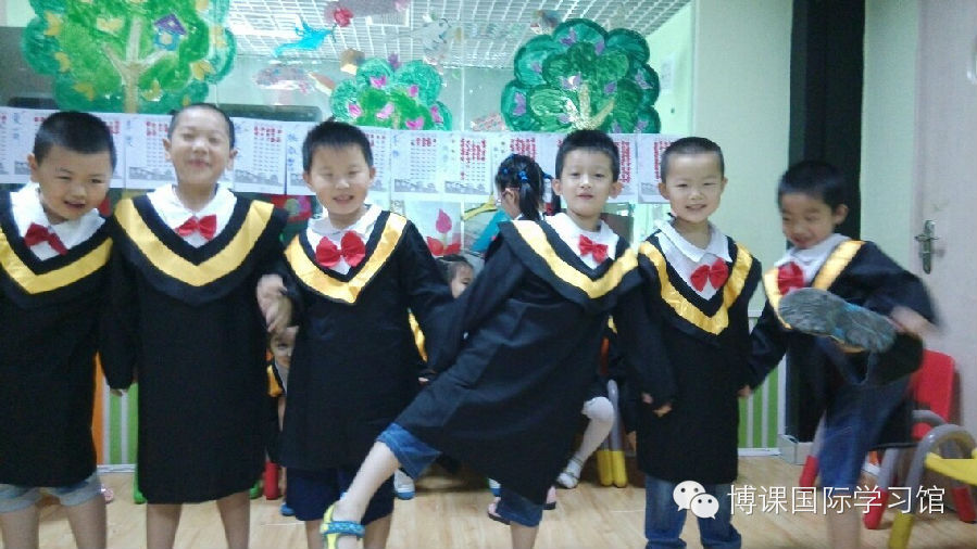 托马斯学习馆-活泼可爱的小男生们